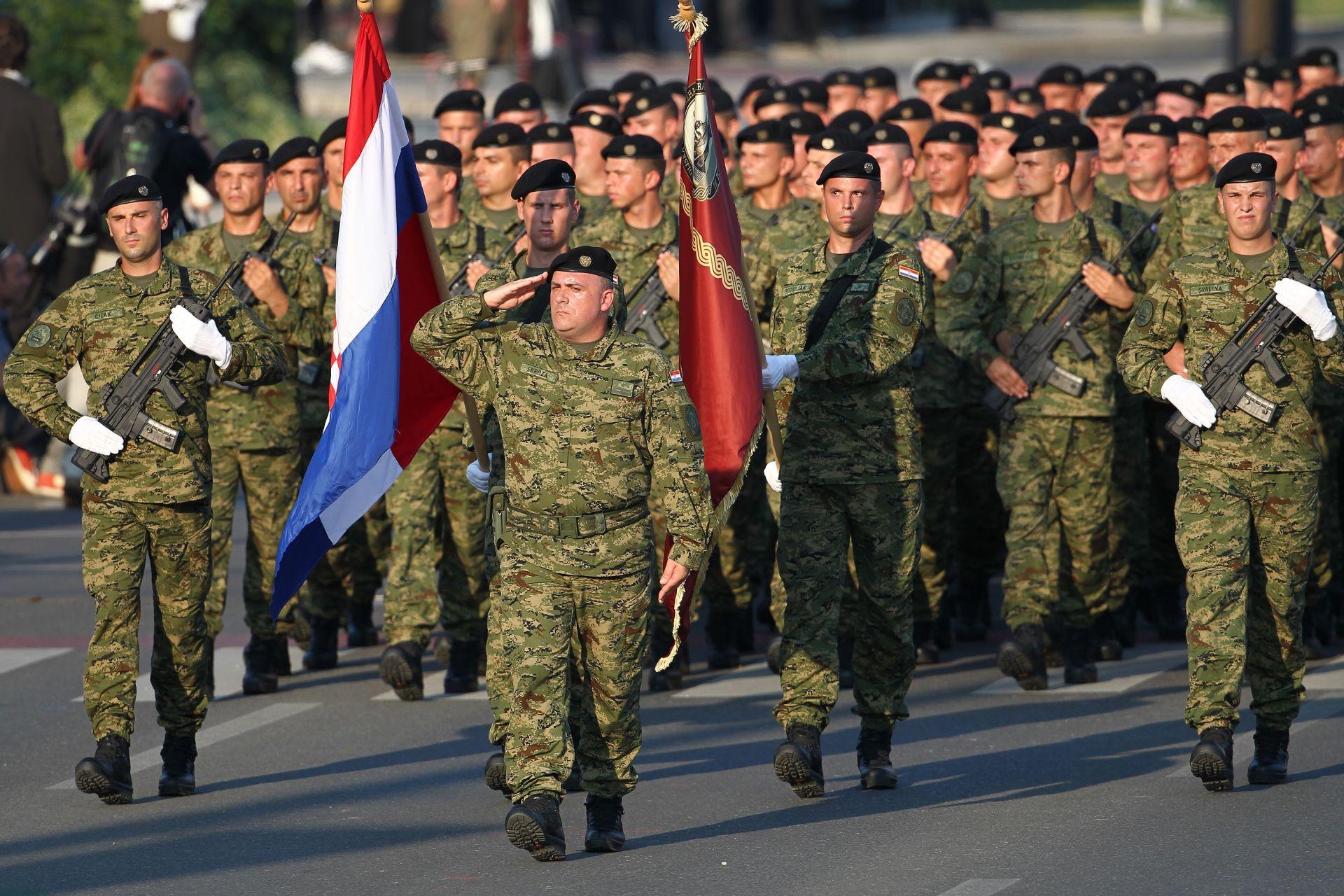 """25. OBLJETNICA: Vijenci za poginule pripadnike 3. gardijske brigade """"Kune"""""""