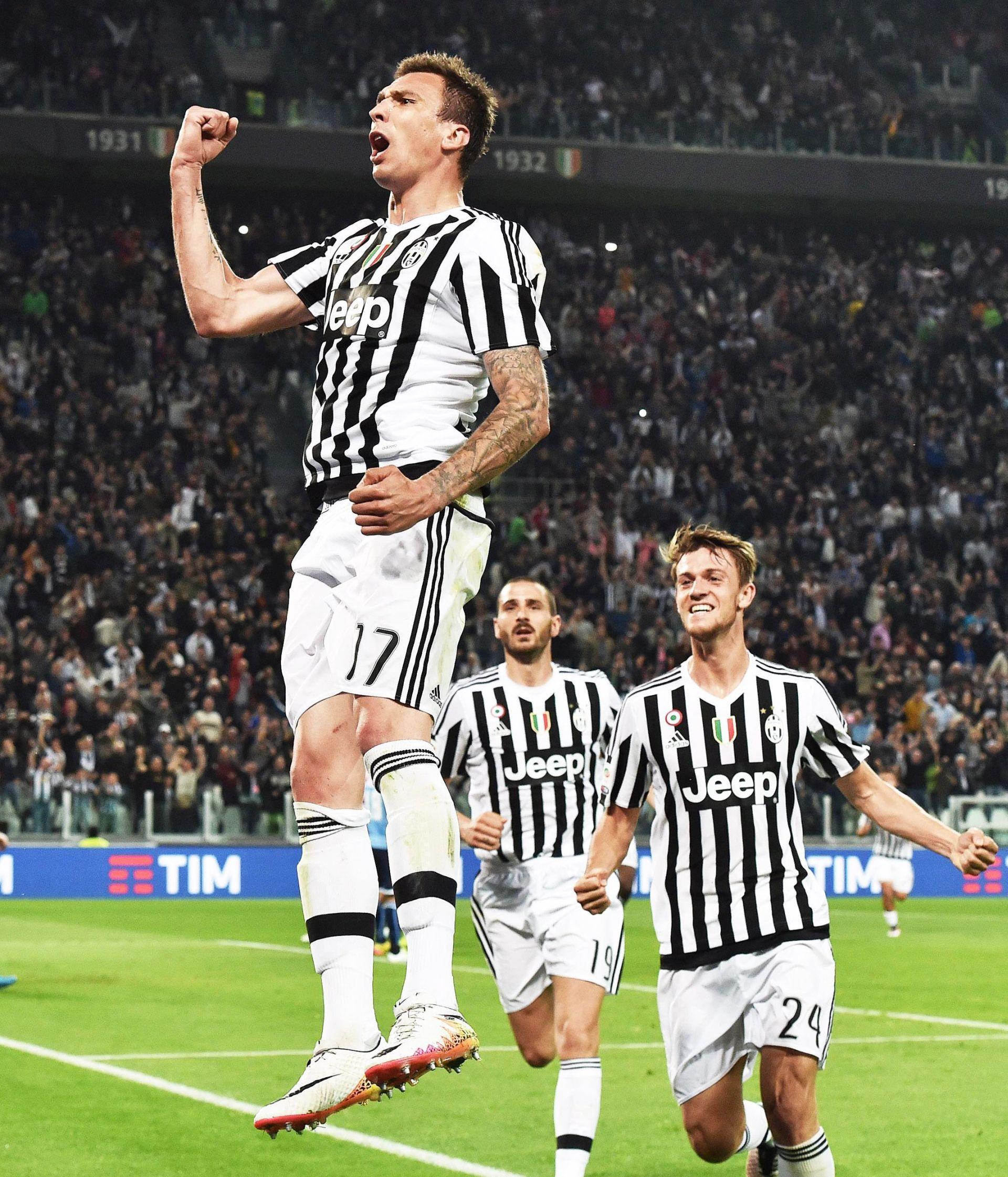 Pobjeda Juventusa, pogodak Mandžukića, Totti spasio Romu