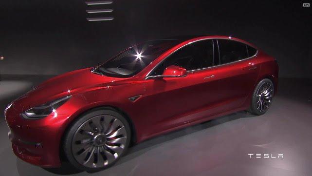 VIDEO: NOVI MODEL Tesla zaprimio već 276 tisuća narudžbi za Model 3
