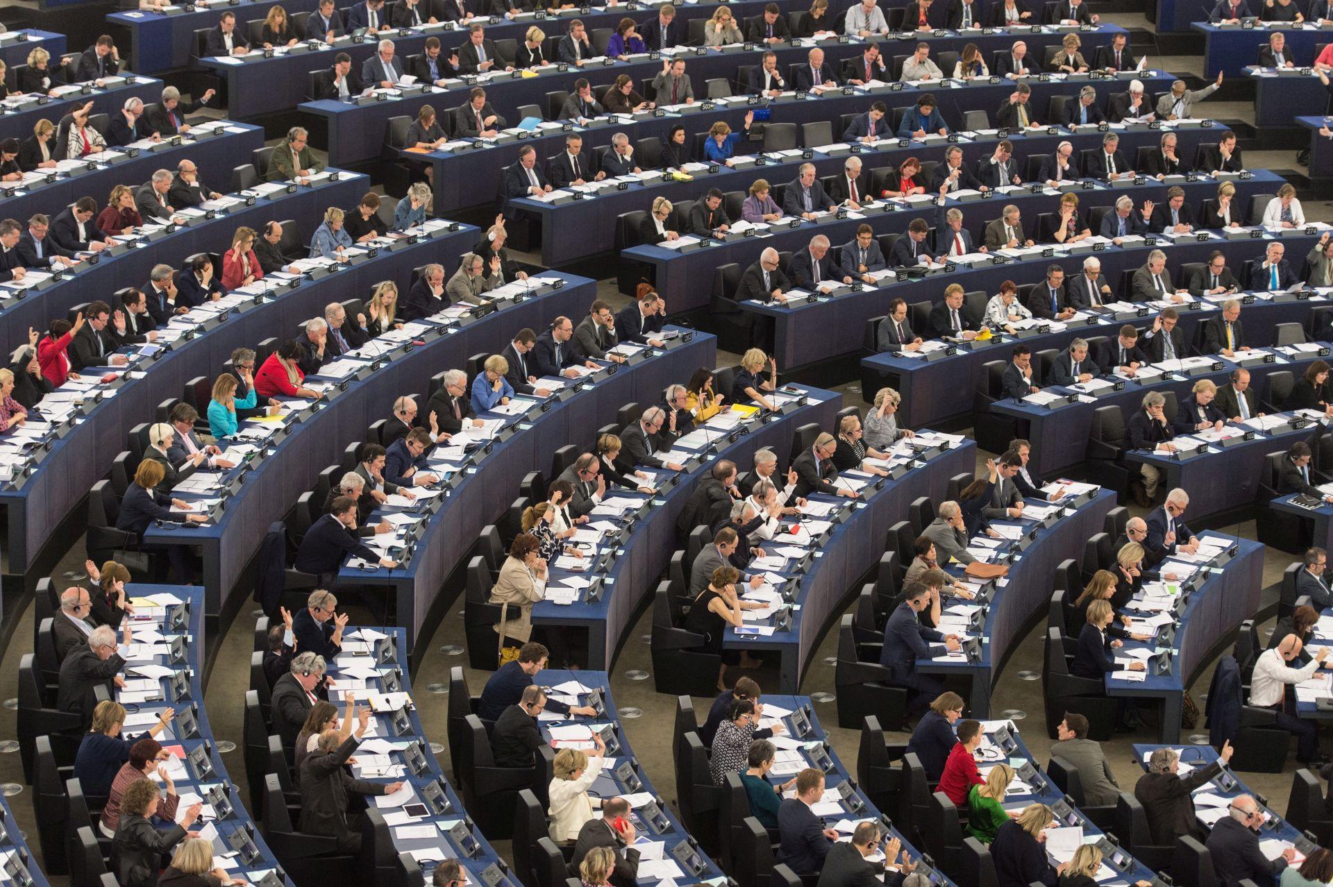 ODGOĐENE ODLUKE O VIZAMA: Europska komisija traži mišljenje Vijeća i Parlamenta