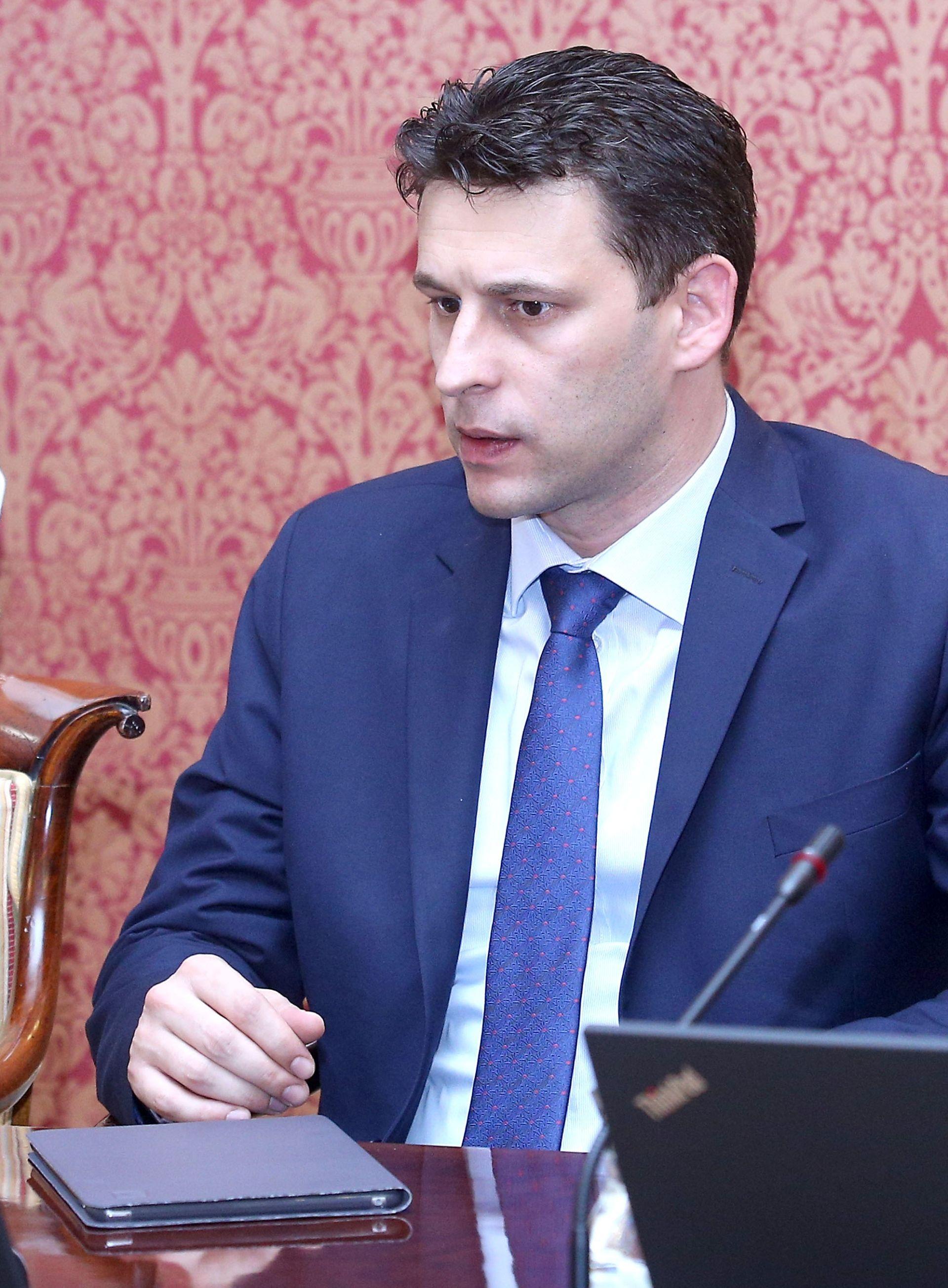 Petrov: I dalje ćemo mijenjati sustav koji su stvorili HDZ i SDP