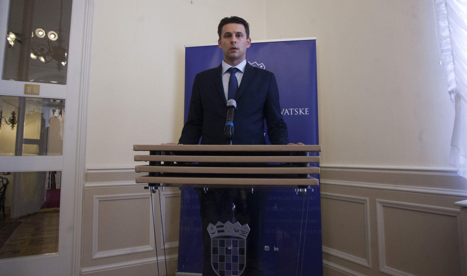 Petrov: Ne može se ići u rasprodaju Ine, Hrvatskih šuma i Hrvatskih voda
