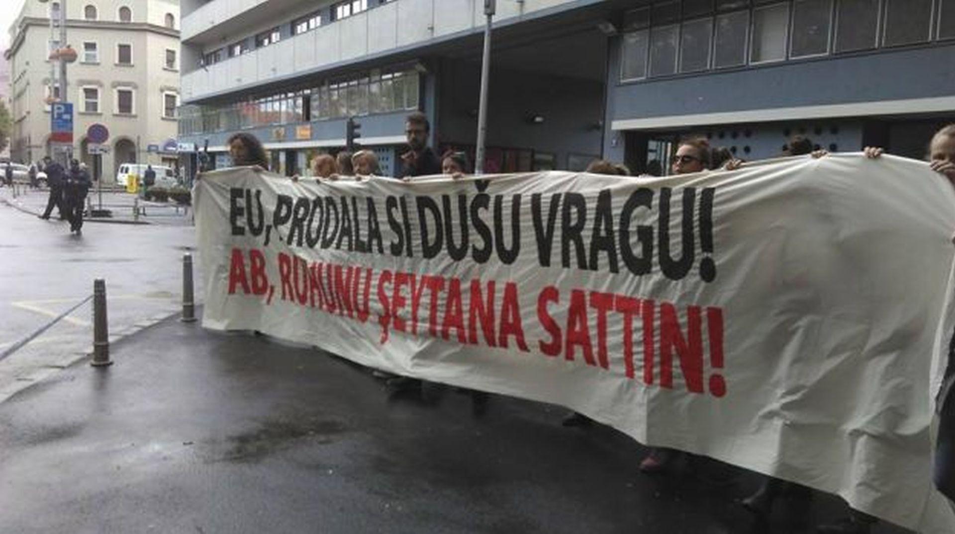 PROSVJED U ZAGREBU: Gostovanje diktatora Erdogana žmirenje je na kršenje ljudskih prava