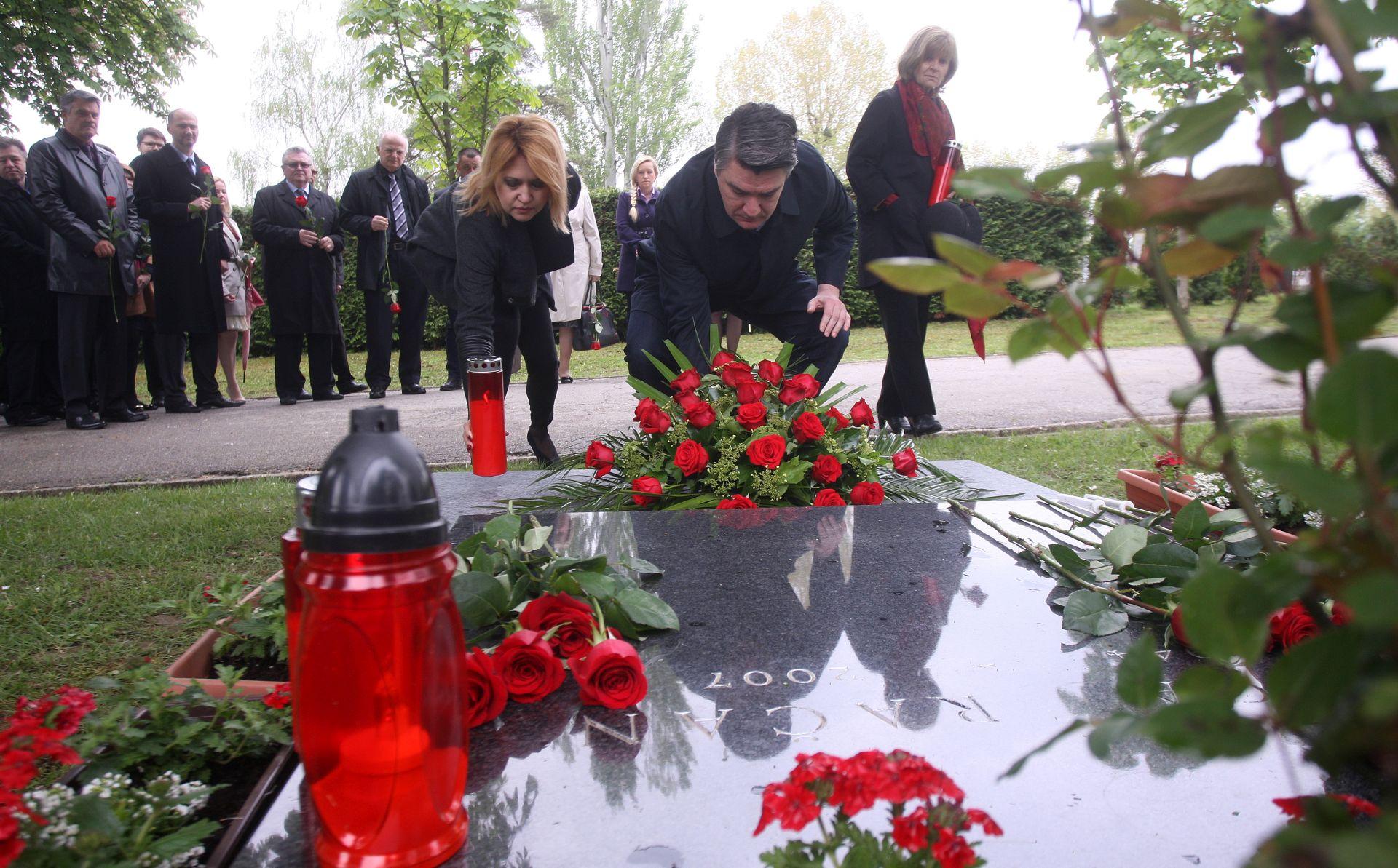 SDP-ovci obilježili devetu obljetnicu smrti Ivice Račana