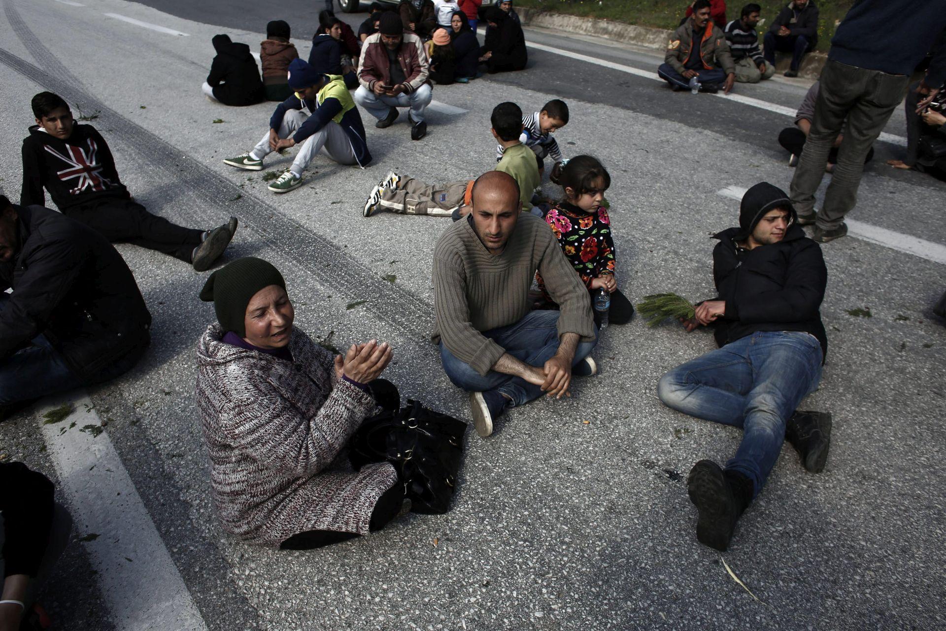 PRIPREME: Neizvjesnost vlada dan prije očekivanog vraćanja migranata u Tursku
