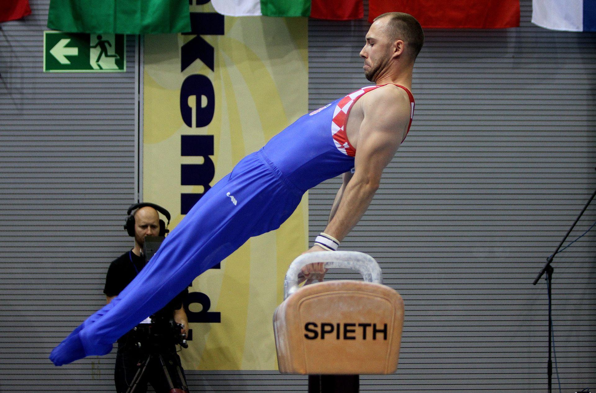 Gimnastika: Vugrinski treći, Seligman četvrti na konju s hvataljkama