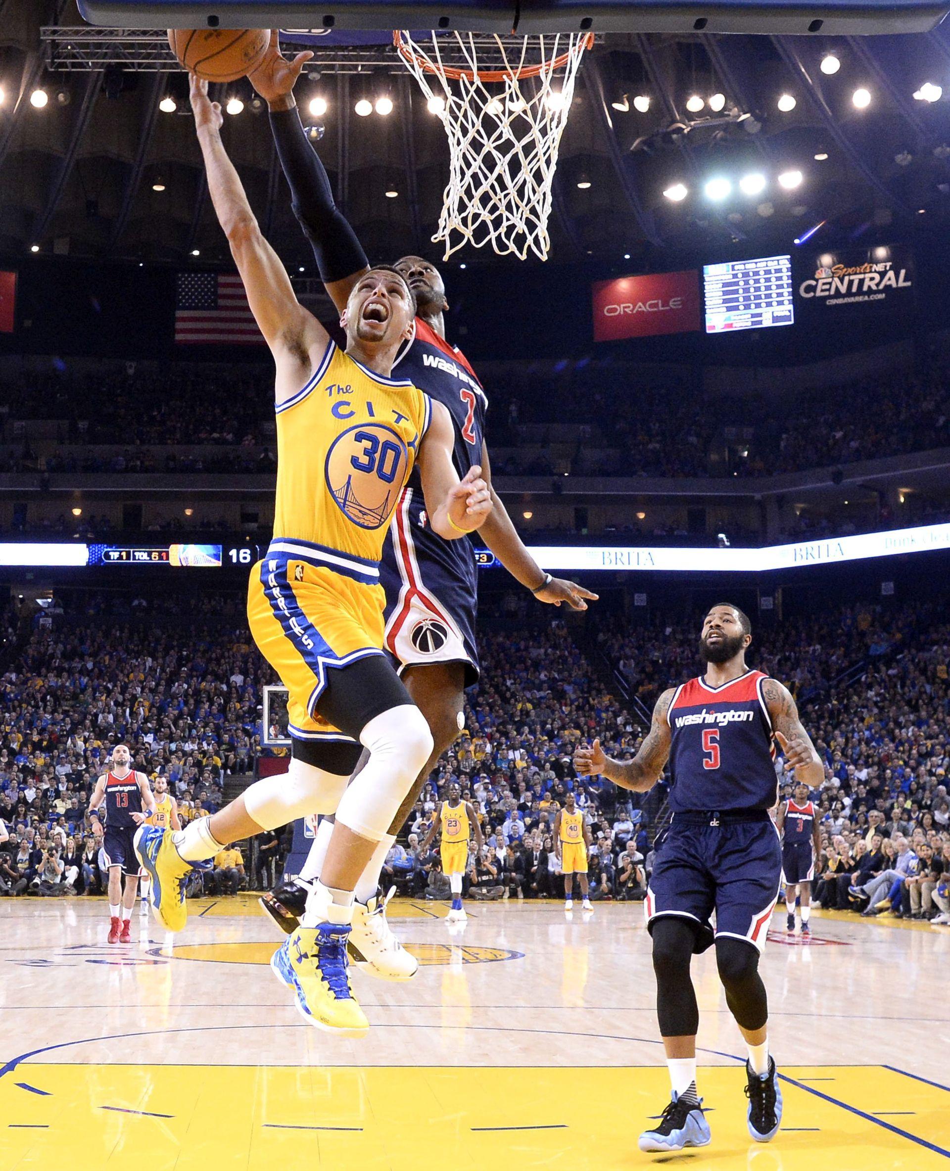NBA: Warriorsi na korak do rekorda