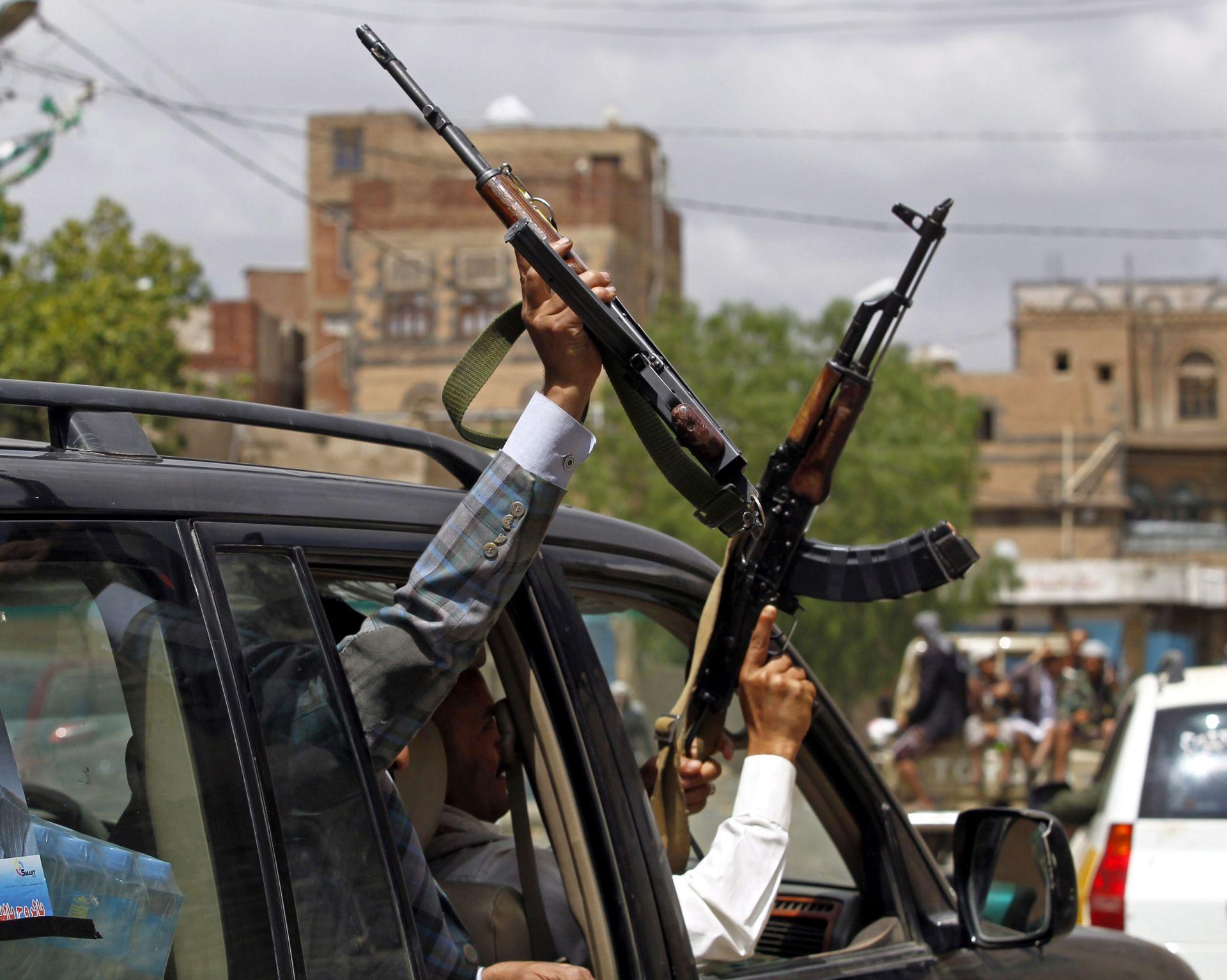 NAPAD IS-a: Ubijeno najmanje pet jemenskih vojnika