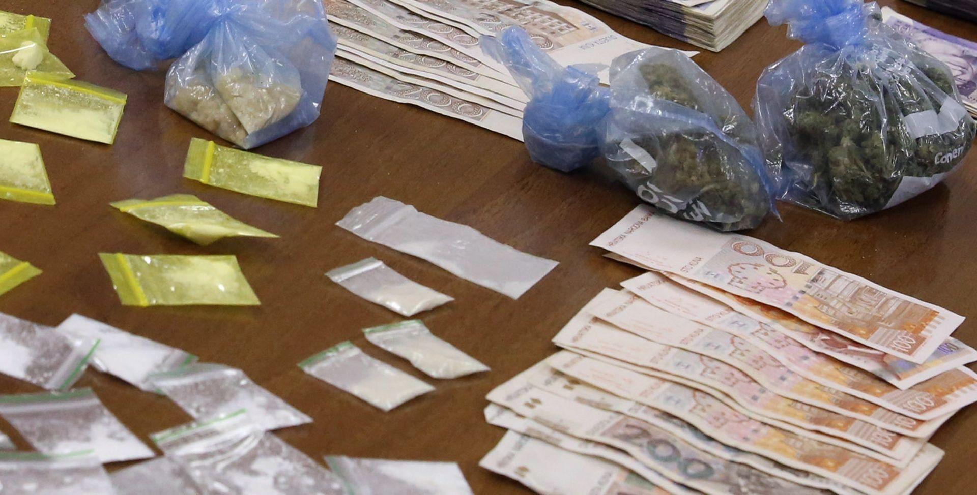 UHIĆENJE I ZAPLJENA: Dilerski par pritvoren zbog preprodaje marihuane, hašiša, MDMA i amfetamina