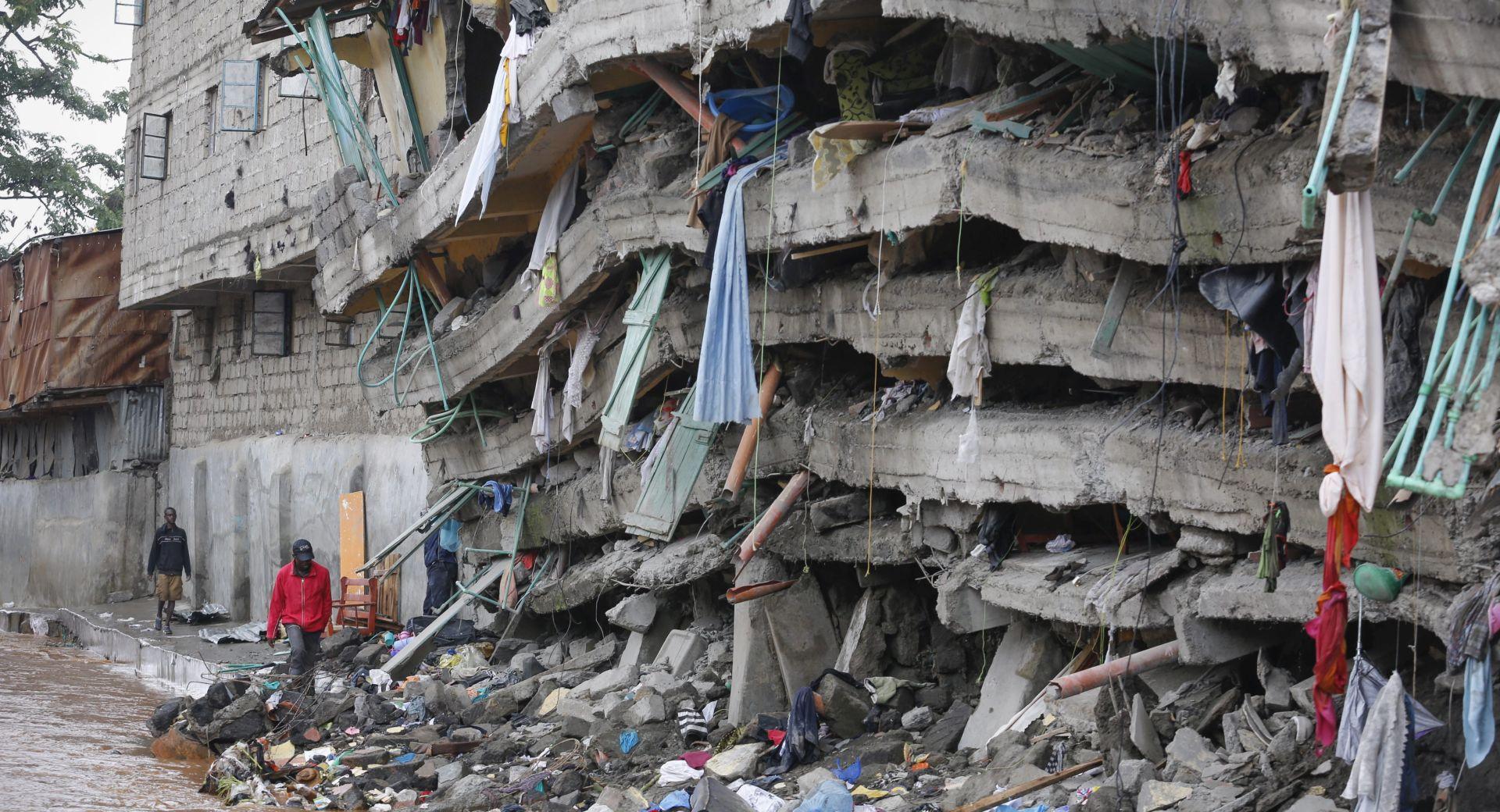 VIDEO: Nakon šest dana u ruševinama pronađena živa žena