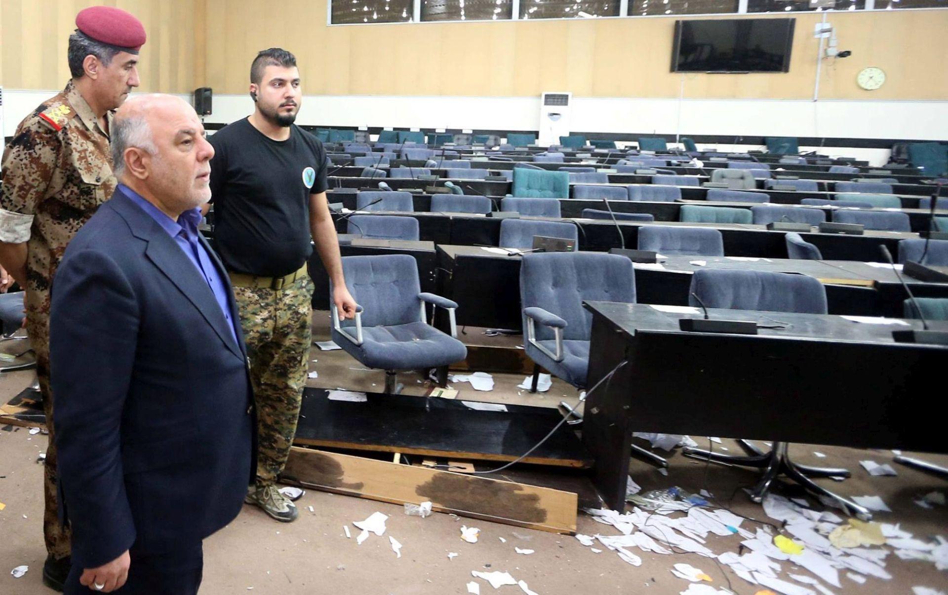 Politički sukobi koriste Islamskoj državi, upozorava irački premijer