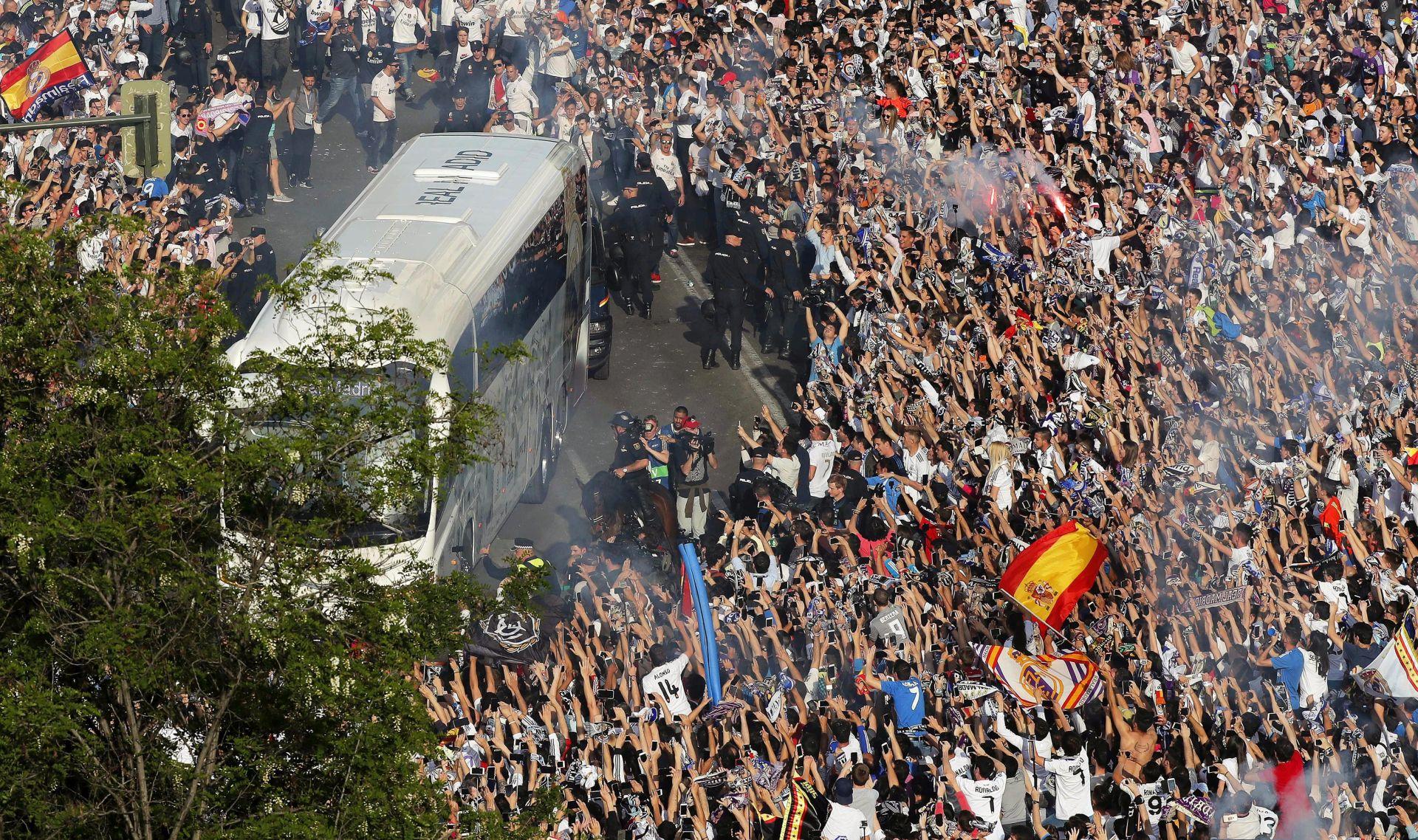 TRAGEDIJA U IRAKU Militanti napali Klub navijača Real Madrida, poginulo 14 osoba