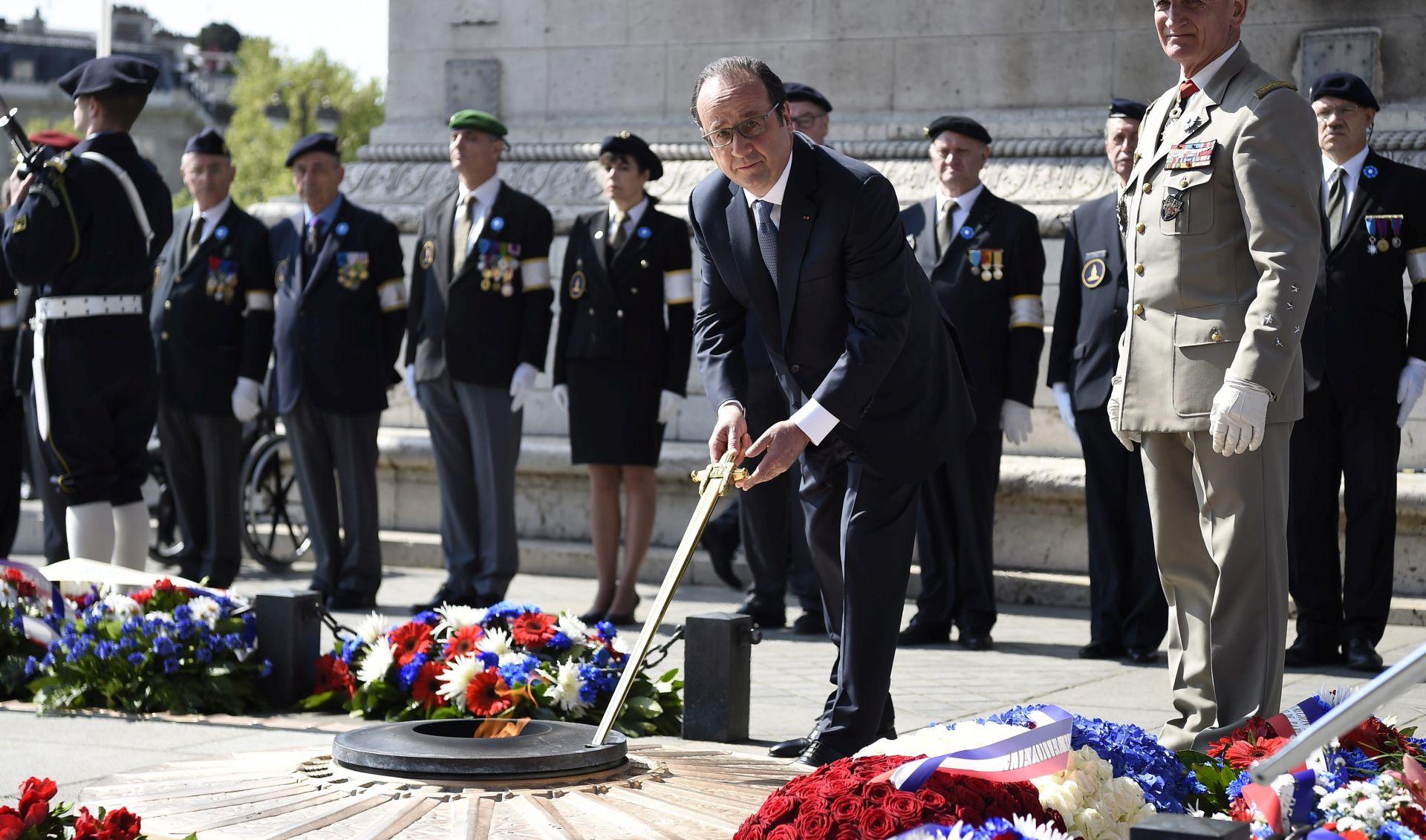Hollande predvodio svečano obilježavanje završetka II. svjetskog rata