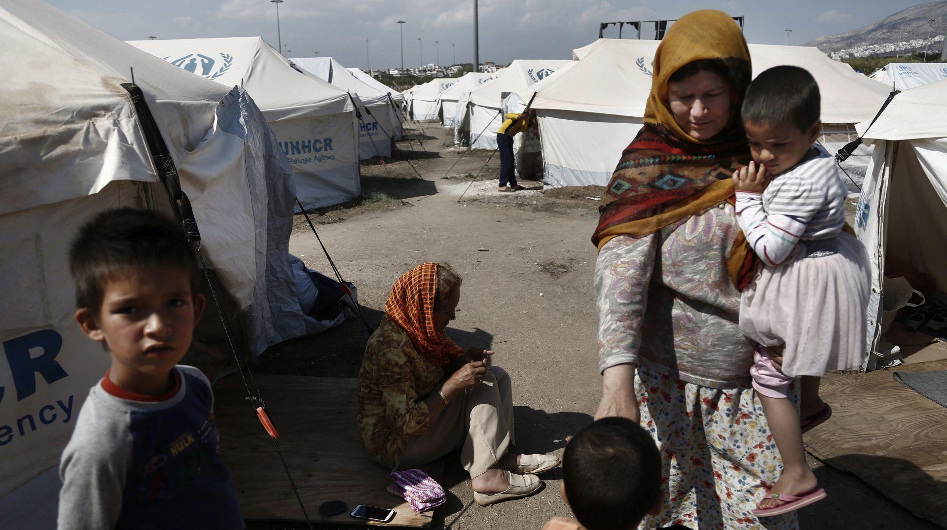 EU poziva članice da preuzmu više izbjeglica