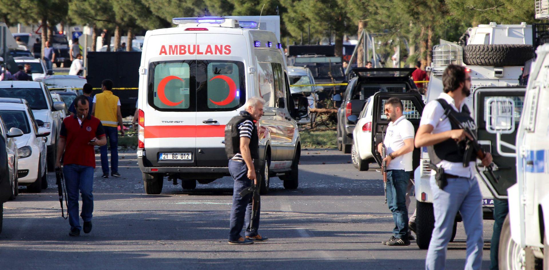 TURSKA Bombaš samoubojica raznio se tijekom policijske racije
