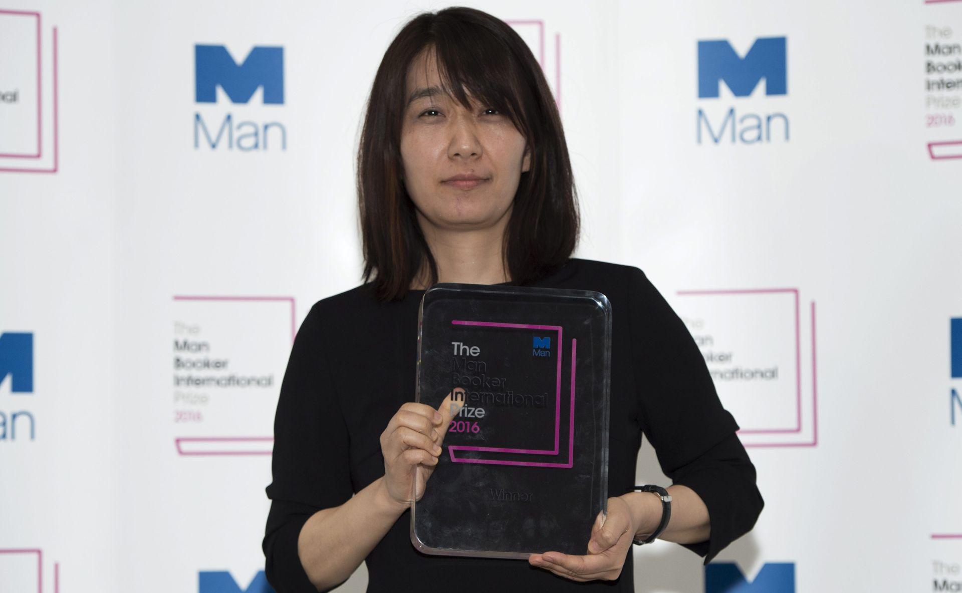 Južnokorejka Han Kang dobitnica Bookerove nagrade