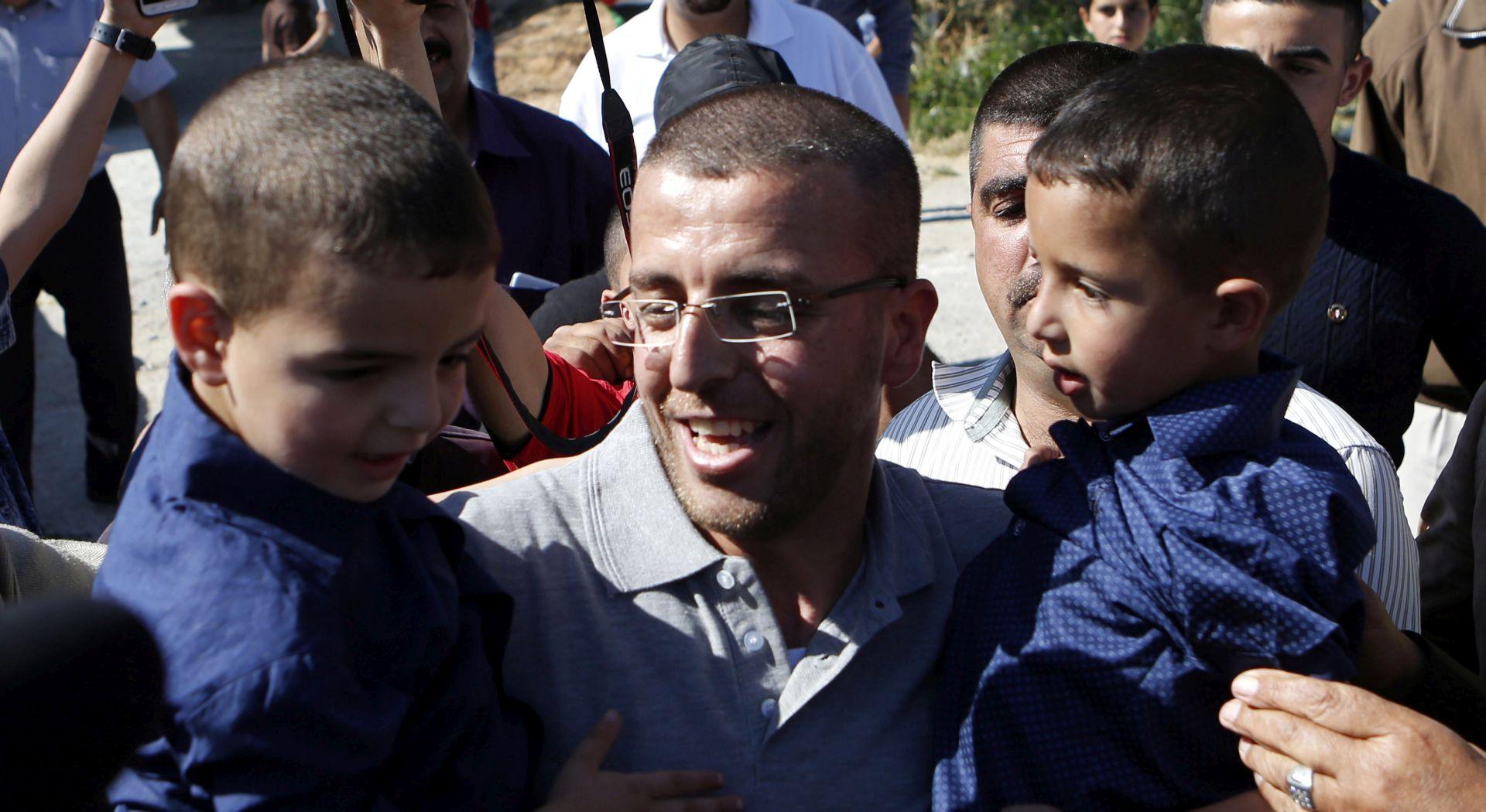 Izrael oslobodio palestinskog novinara koji je 94 dana štrajkao glađu