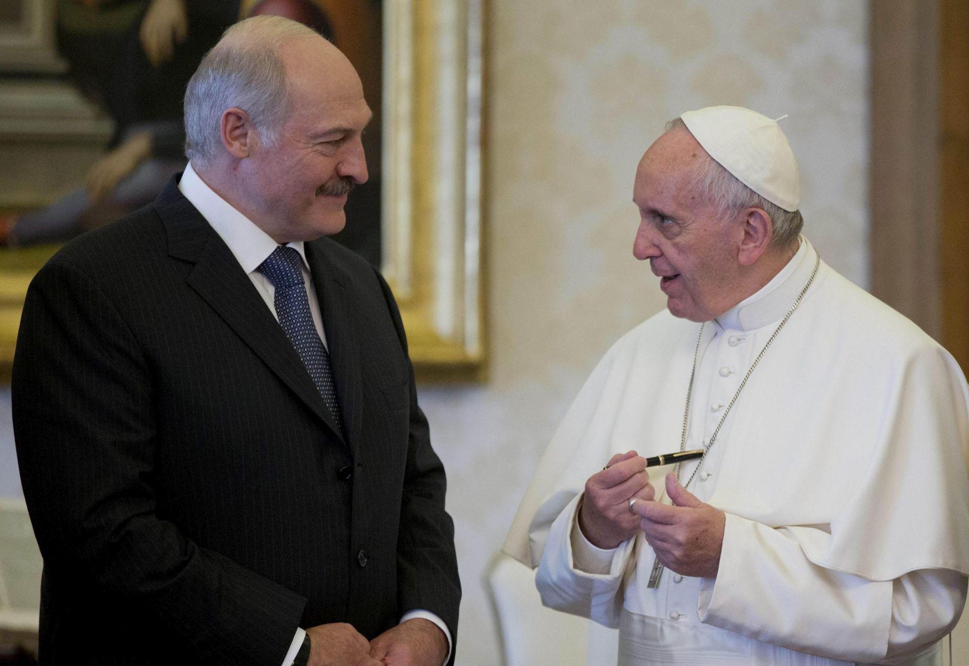 Lukašenko pozvao Papu da se sastane s poglavarom Ruske pravoslavne crkve