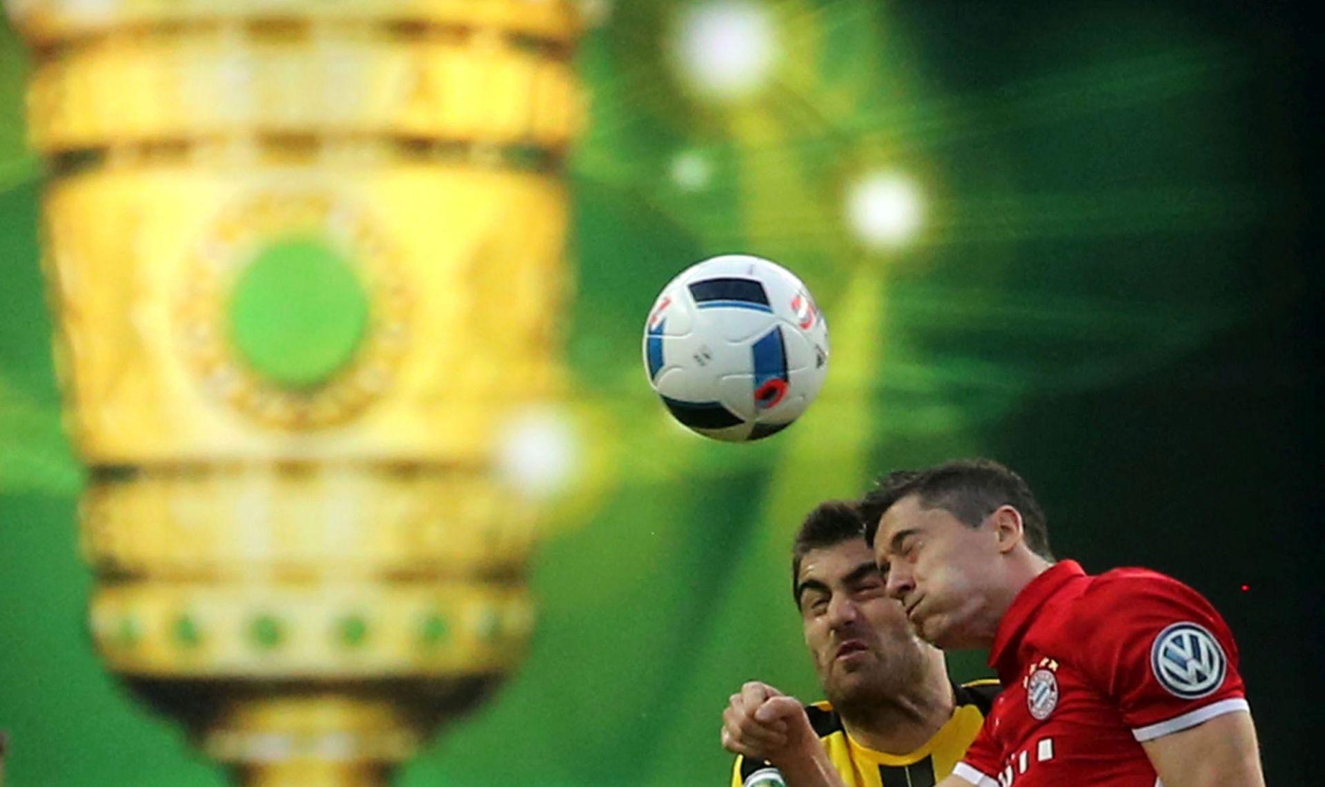 NJEMAČKA Bayernu dvostruka kruna
