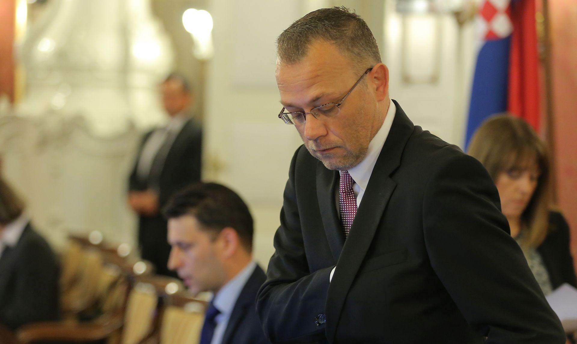 Hasanbegović: HDZ želi da vlada opstane, ali je spreman na izbore