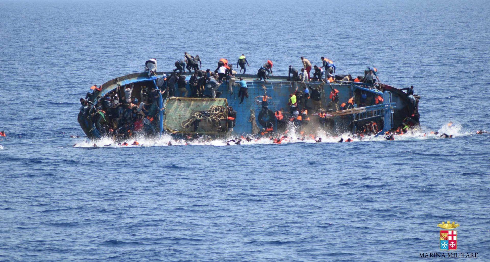 Talijanska mornarica: Iz mora izvučena tijela 45 migranata