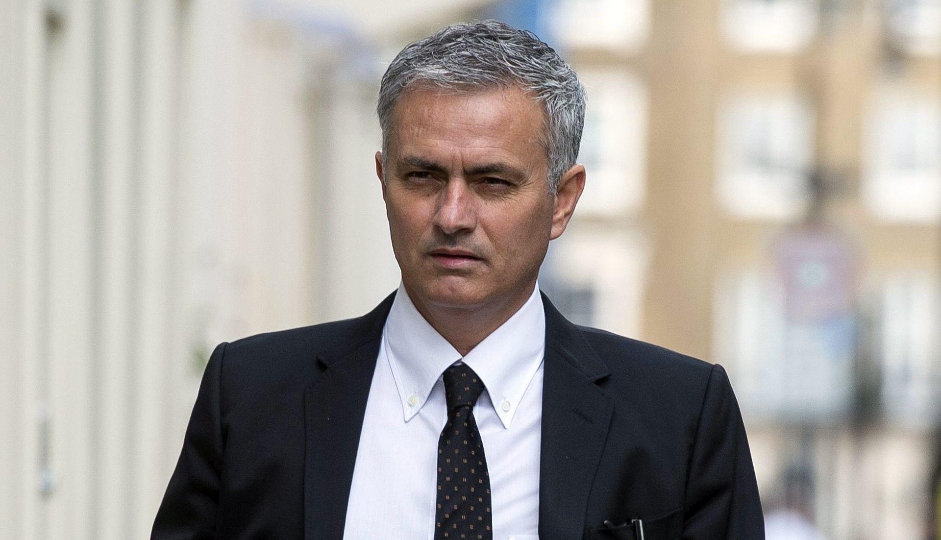 Mourinho i Darmian uopće ne razgovaraju, Talijan na izlaznim vratima Uniteda