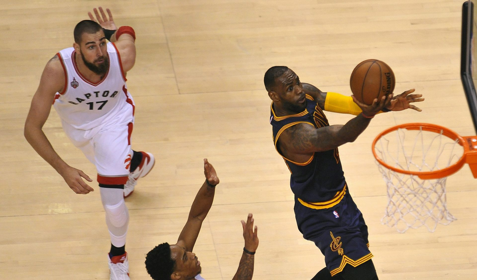 NBA PLAYOFF Cleveland drugu godinu zaredom u velikom finalu