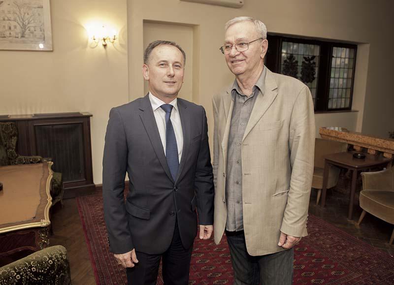 Mišetić optužio Mol da kroz Inu vrši agresiju na hrvatski energetski suverenitet