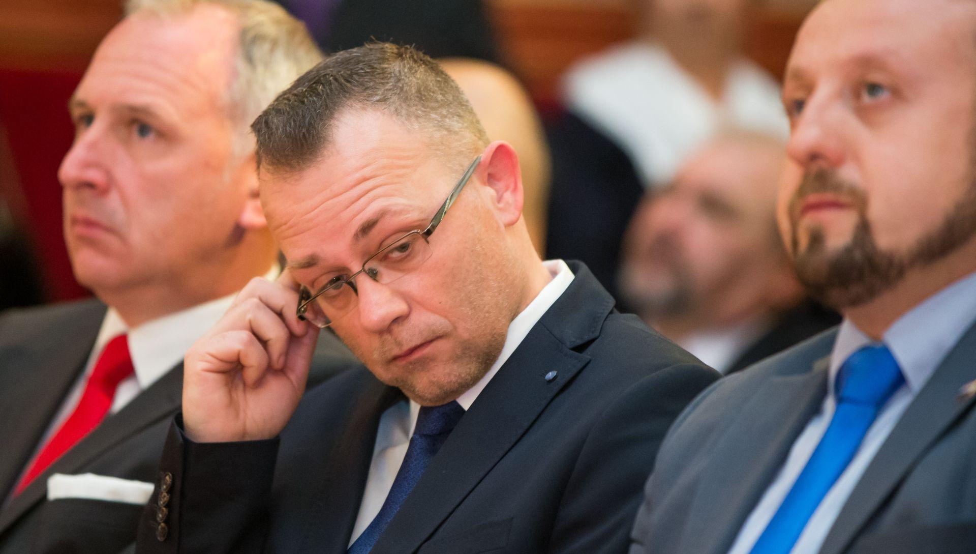 """FOREIGN POLICY """"Mađarski i poljski desničari naspram Hasanbegovića izgledaju kao mlakonje"""""""