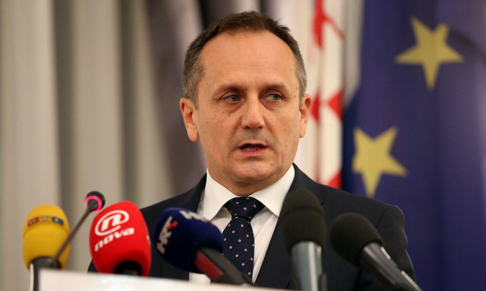 DRAGO PRGOMET 'Relkovićev odlazak je rezultat neslaganja s aktualnom politikom Petrova'