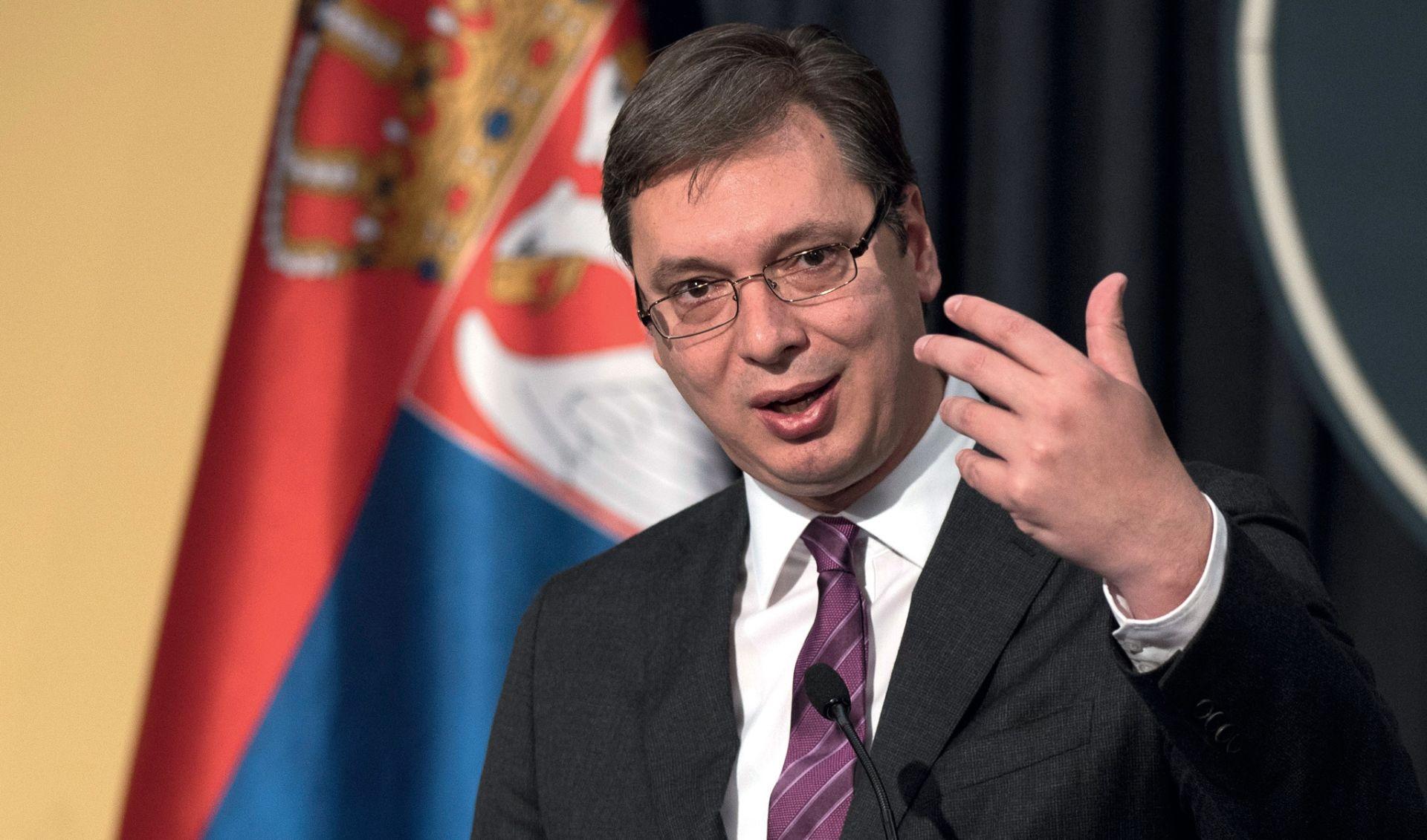 Kako su Vučićevi 'maskirani neprijatelji' uveli u Beograd bagerski terorizam