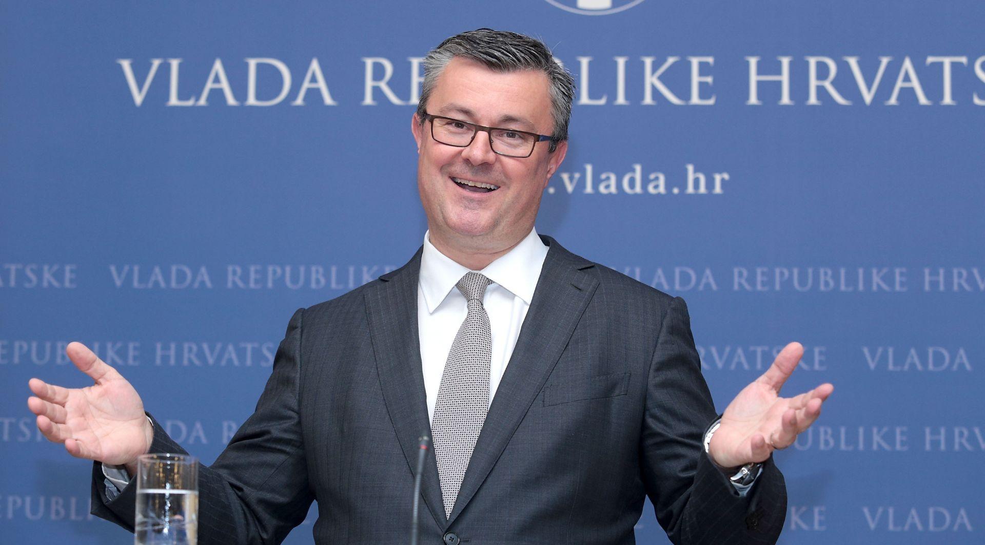 UOČI GLASANJA O POVJERENJU Orešković: Karamarko ima moju podršku