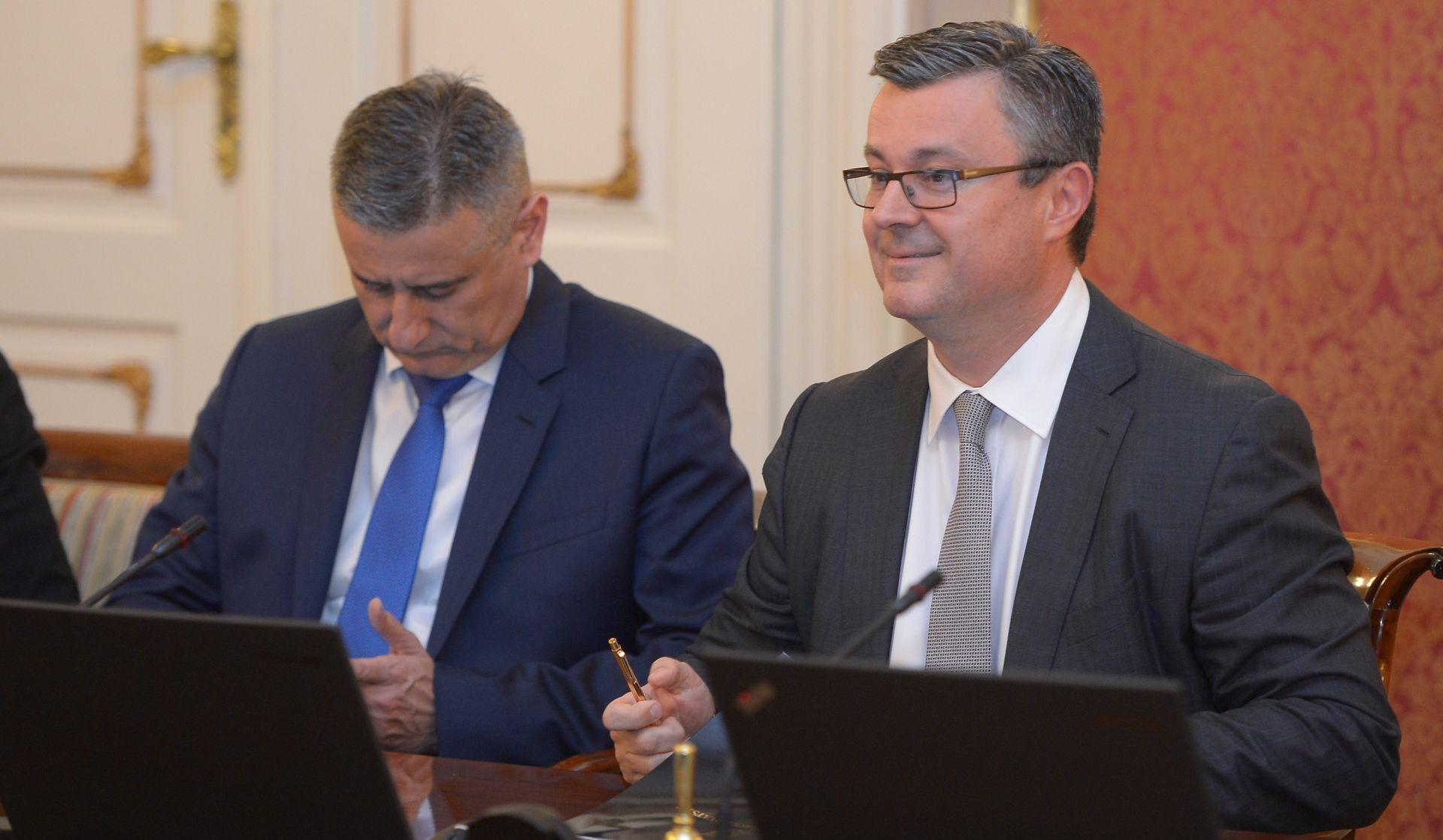 Orešković uvjeren da Karamarko nije naštetio interesima Hrvatske