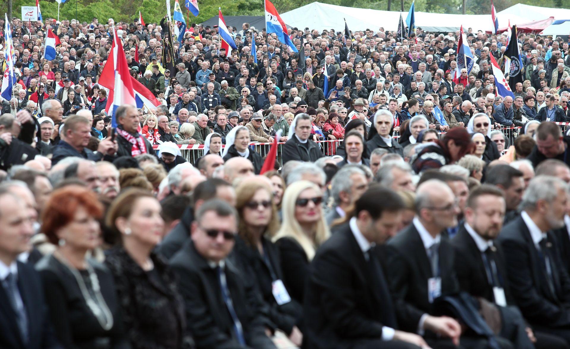 FOTO: Završila 71. komemoracija bleiburške tragedije