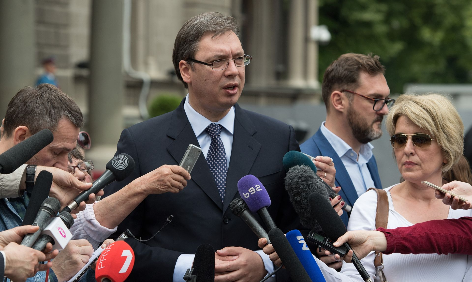 Vučić ponovno jednoglasno izabran za predsjednika SNS-a