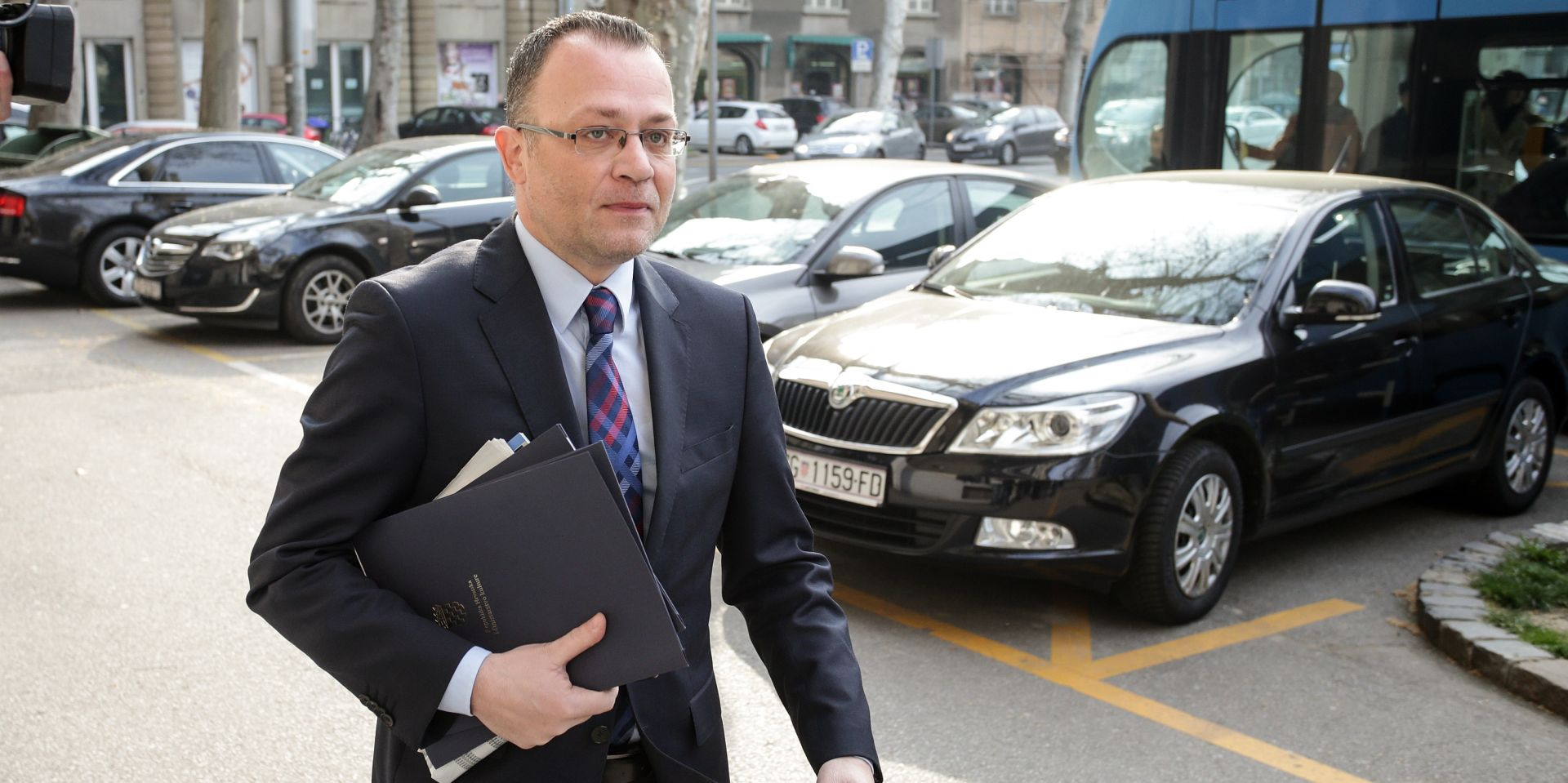 HRT lažnim informacijama popravlja imidž Hasanbegoviću