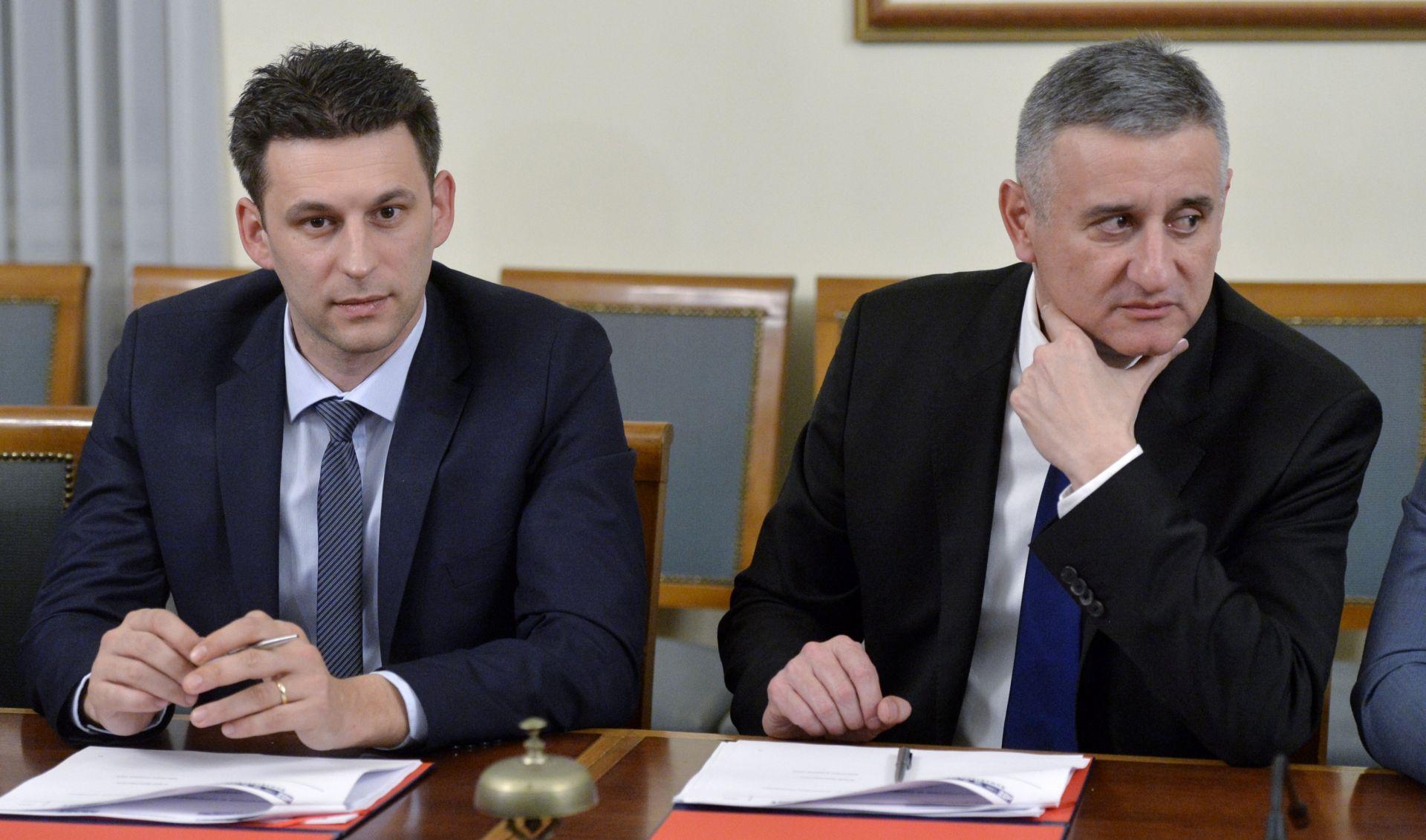 Petrov Karamarku ponudio 48 sati da sam odstupi, predsjednik HDZ-a samo se nasmijao