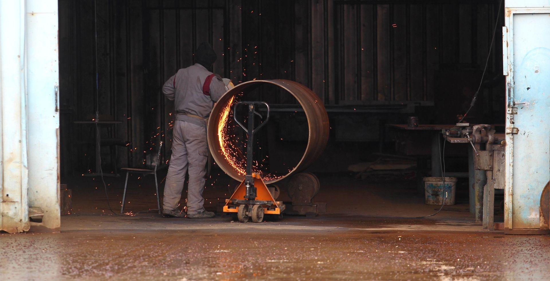 Makroekonomija: Industrijska proizvodnja porasla 15. mjesec zaredom, za 4,9 posto