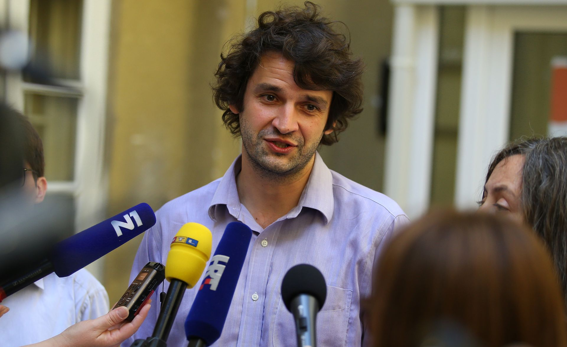 """PRIOPĆENJE JOKIĆA I EKSPERTNE SKUPINE """"Političari, ne prisvajajte kurikularnu reformu"""""""
