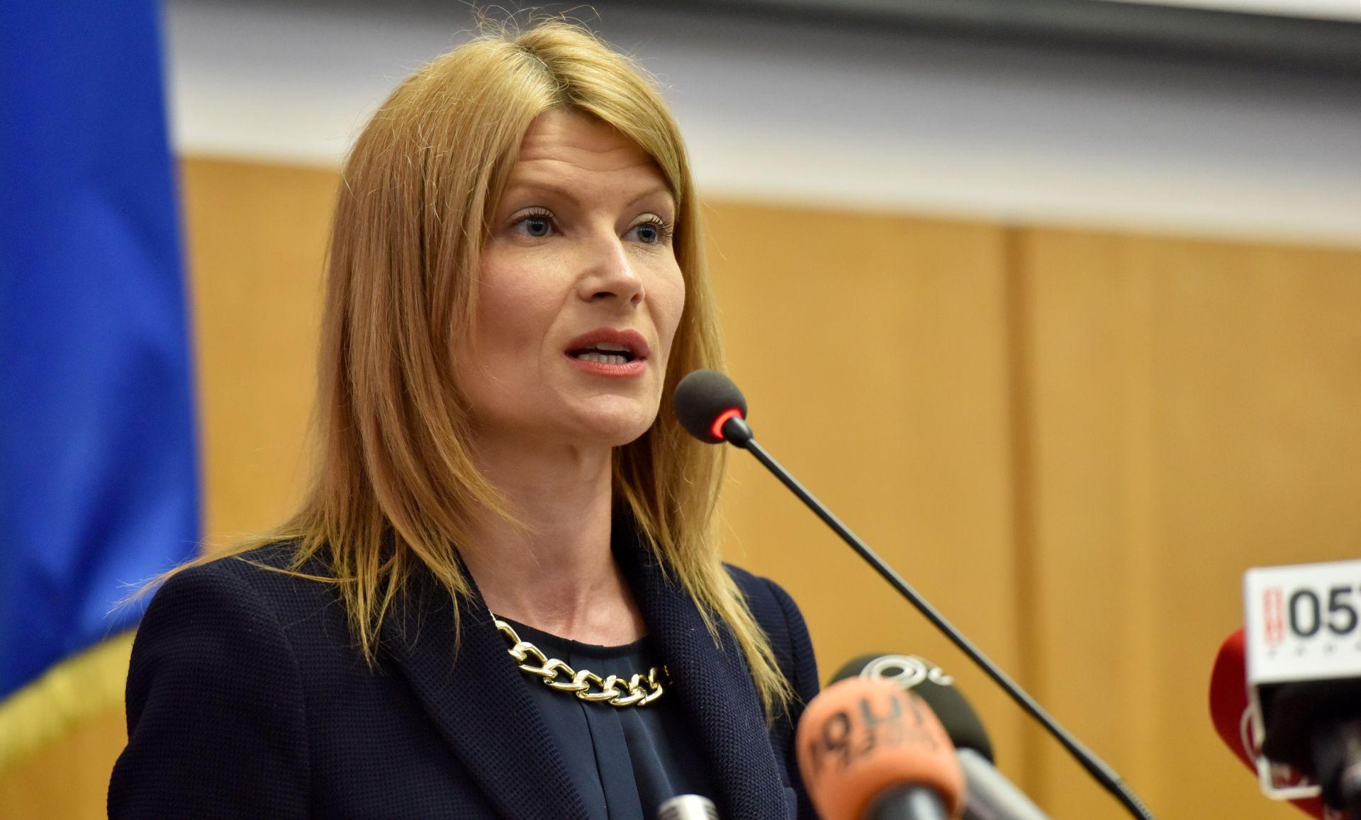 Glasovac (SDP): Šustar treba dati ostavku