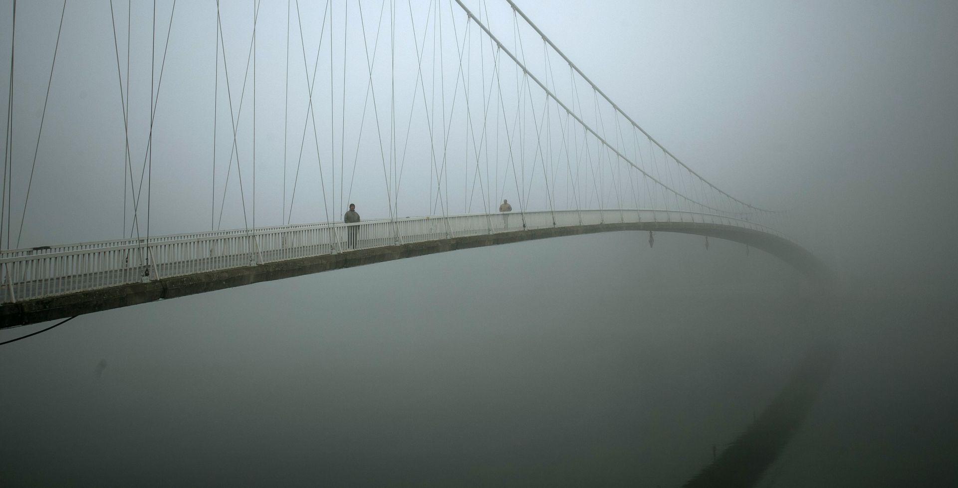 HAK Magla smanjuje vidjljivost, posebna regulacija prometa u Zagrebu
