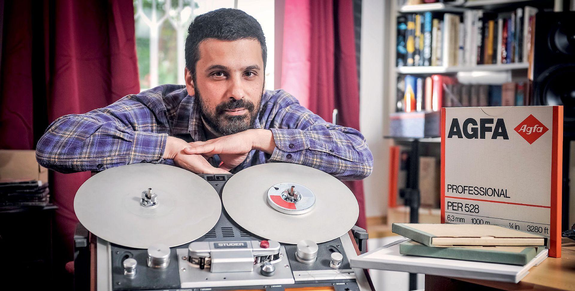 INTERVIEW: VIŠESLAV LABOŠ 'Elektroakustična glazba hrvatskih skladatelja bila je svojevrstan fantom slobode'