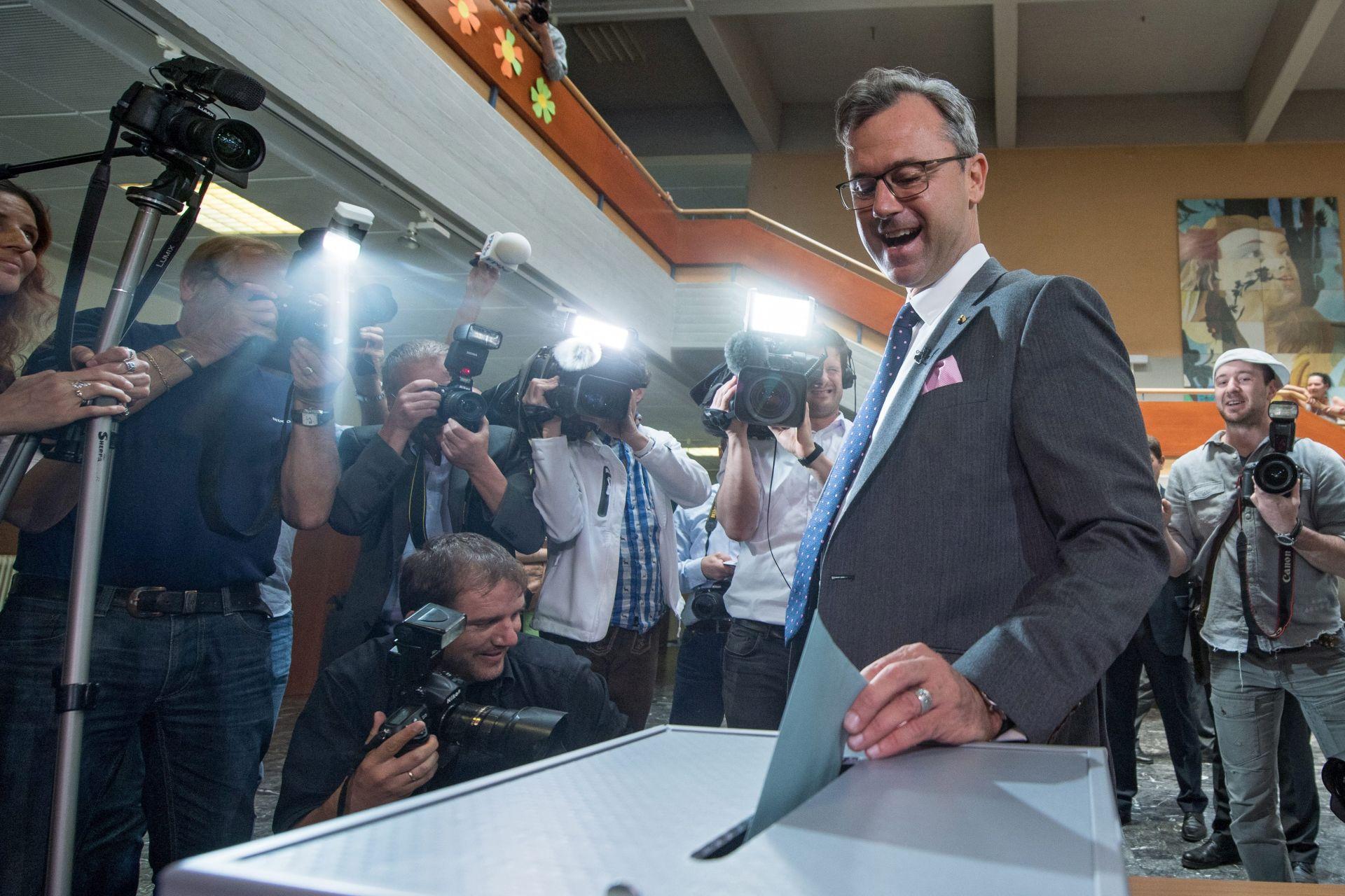 IZBORI U AUSTRIJI: Dvojica predsjedničkih kandidata izjednačeni