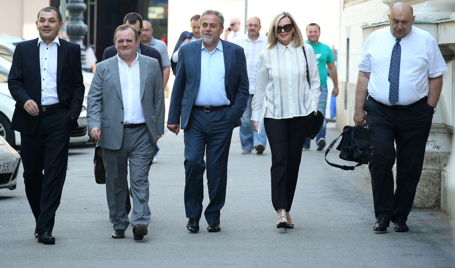 """SLUČAJ """"ŠTANDOVI"""": Županijski sud ponovno će odlučivati o osnovanosti optužnice protiv Milana Bandića"""