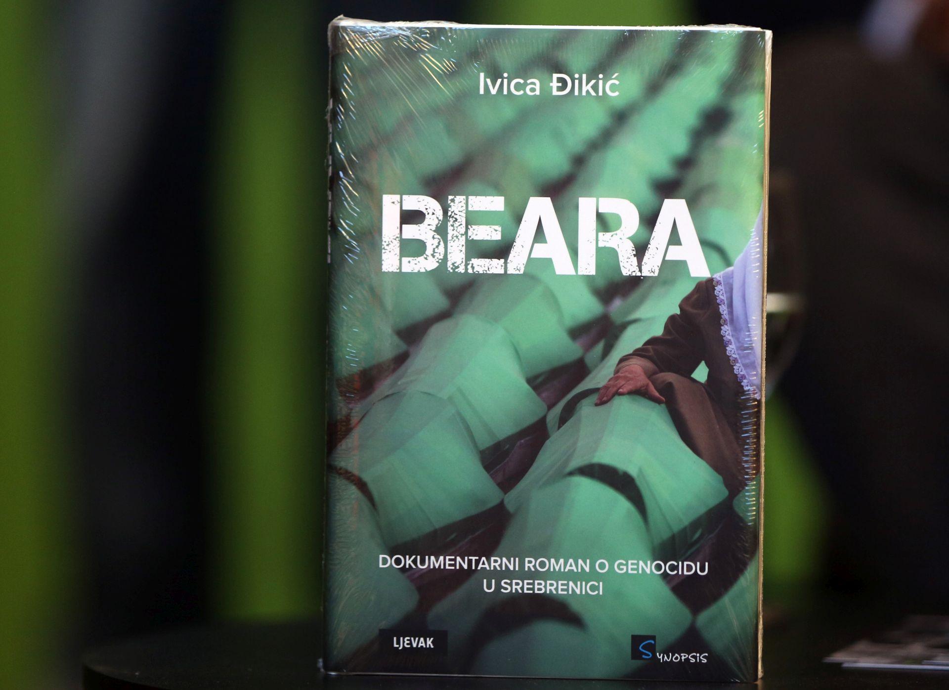 Zagreb Book Festival: Ivica Đikić predstavio dokumentarni roman o Srebrenici