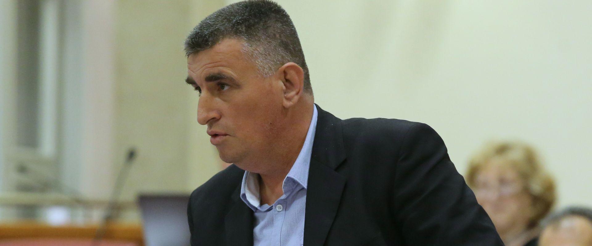 """SVAĐA U SABORU Bulj napao HDZ-ovca: """"Neće me prozivati neki šljunkar"""""""