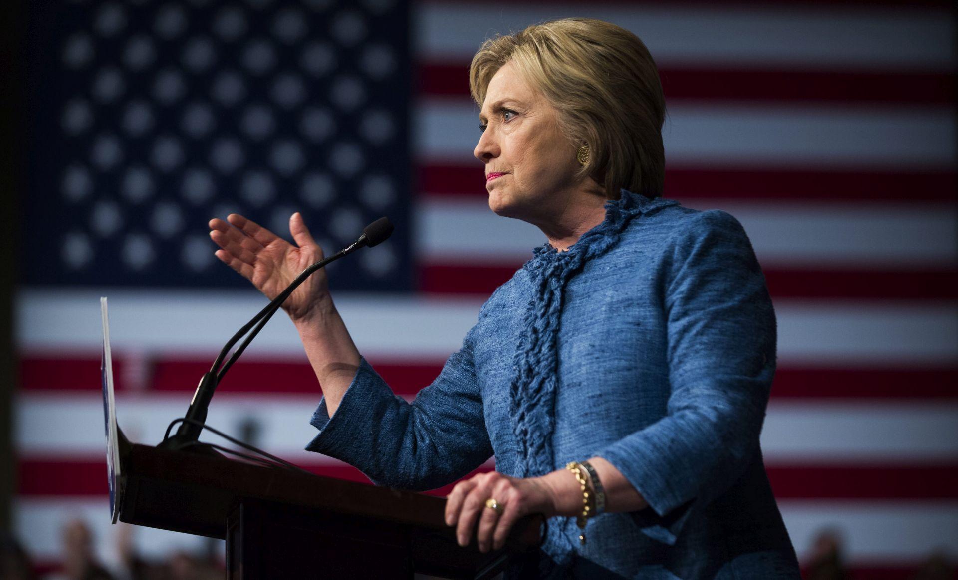 UTRKA ZA BIJELU KUĆU: Clinton odbila debatu sa Sandersom u Kaliforniji