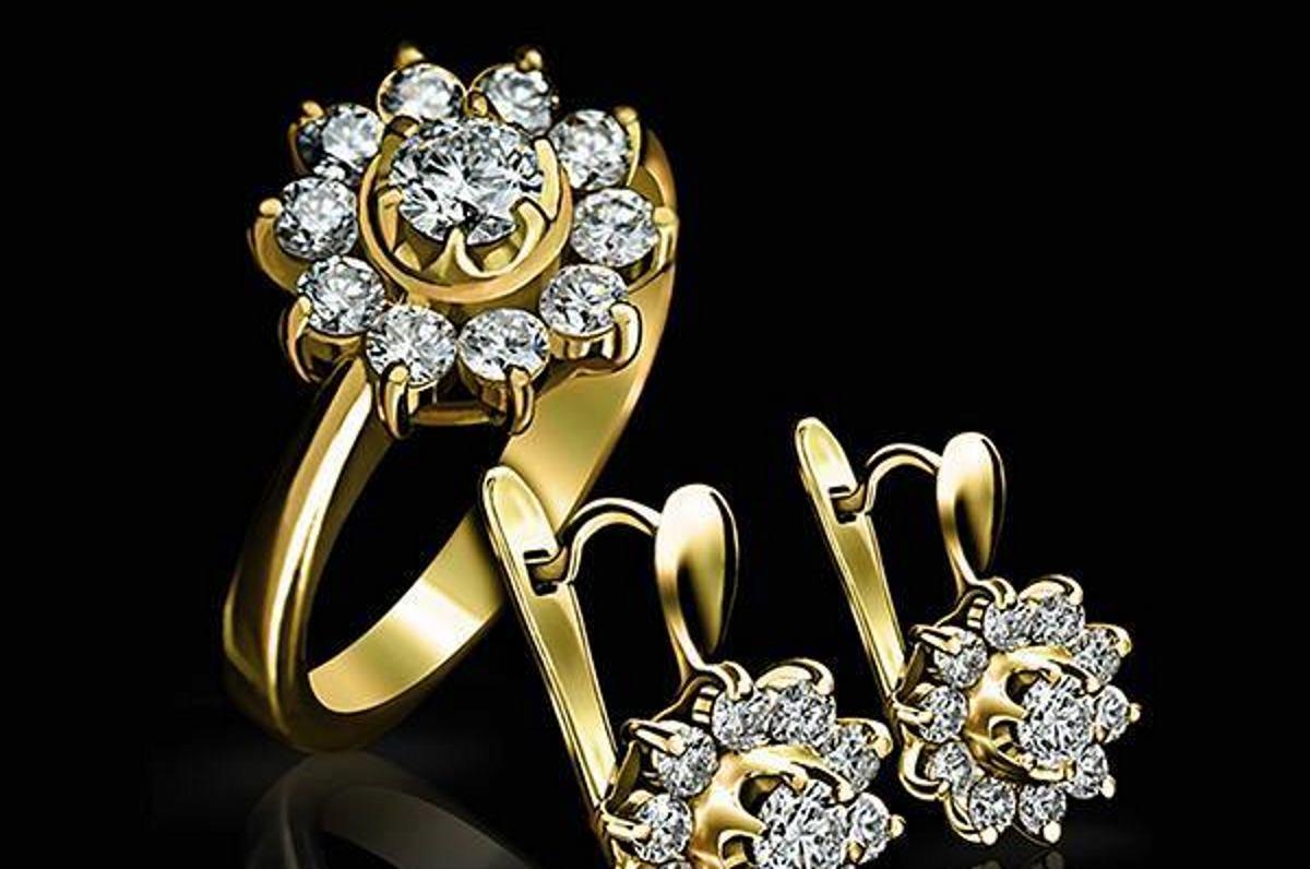 EPL DIAMOND Poznata dijamantna kuća poklonila dijamantni privjesak Severini