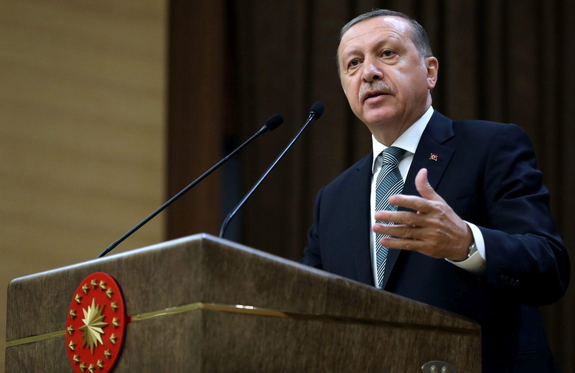 """Erdogan kaže da odluka Europskog parlamenta """"ništa ne vrijedi"""""""