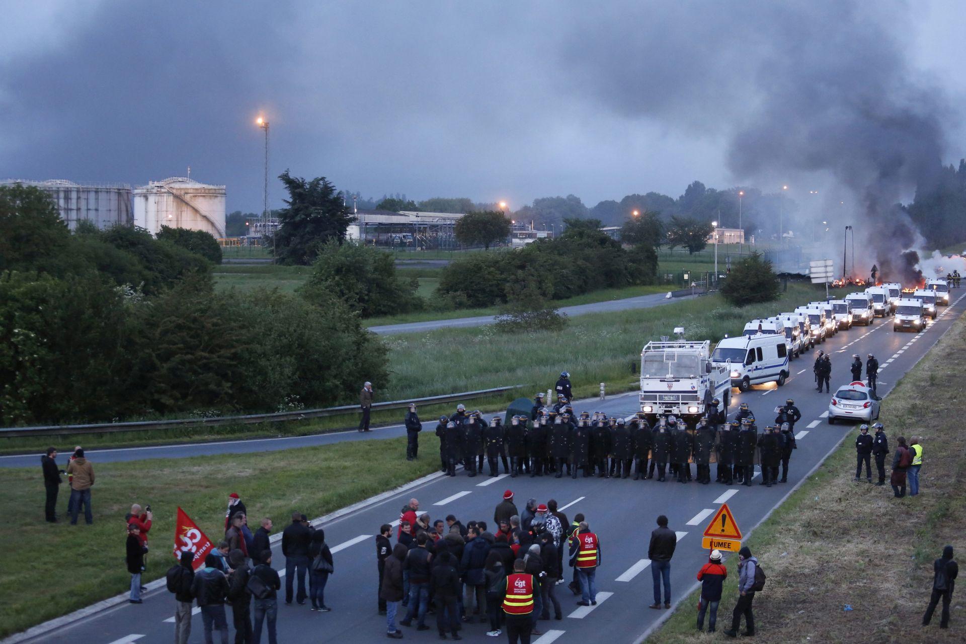 PROBLEM OPSKRBE: Francuska je počela crpiti svoje rezerve goriva